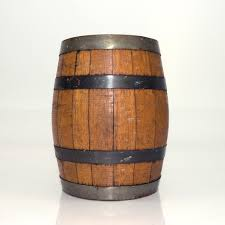 Why It's Better to Use Wooden Barrels in Brandy Production