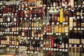 6 DINGE, DIE SIE WISSEN MÜSSEN, WENN SIE  ALKOHOL ONLINE KAUFEN